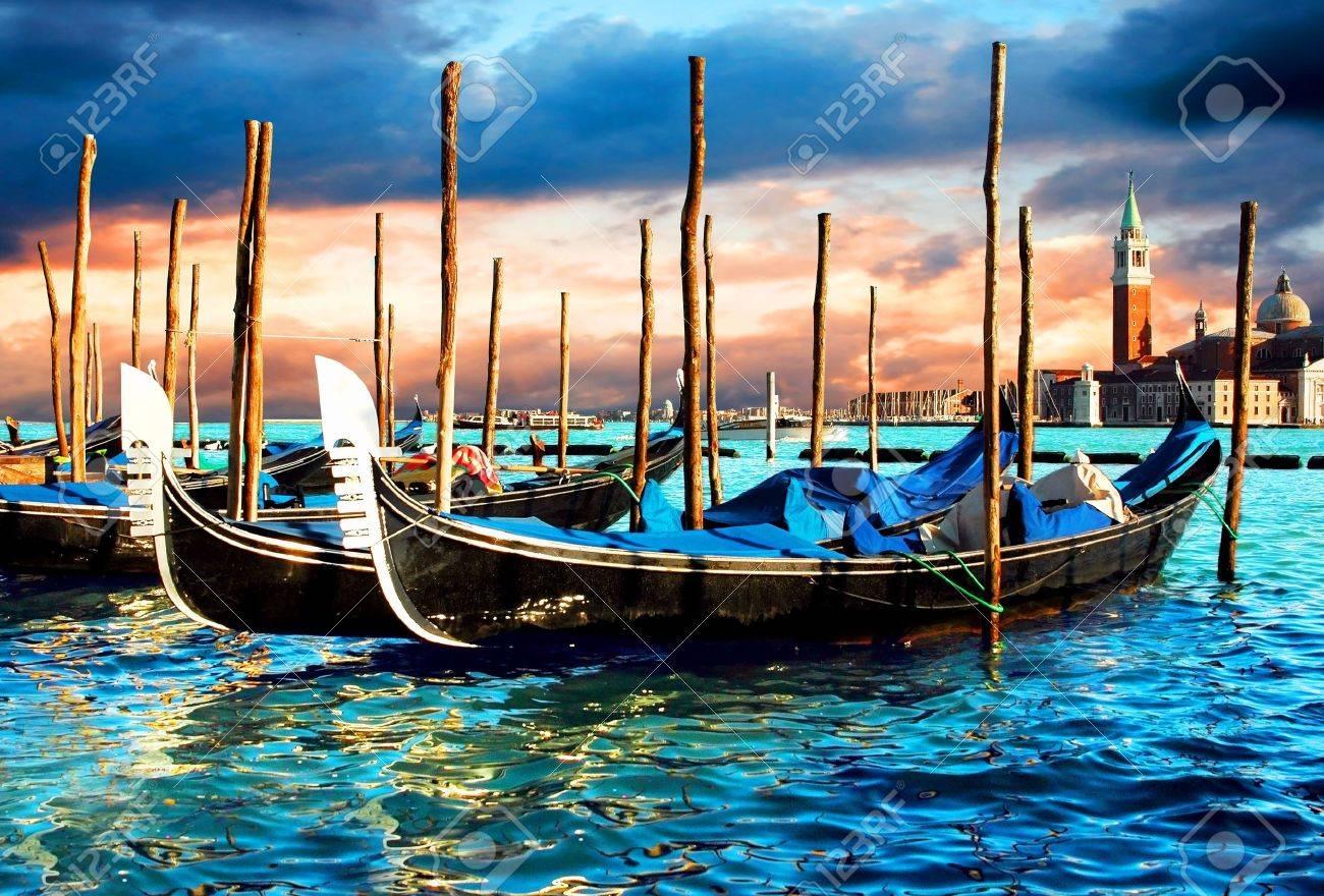 Venezia - travel romantic pleace - 8339035