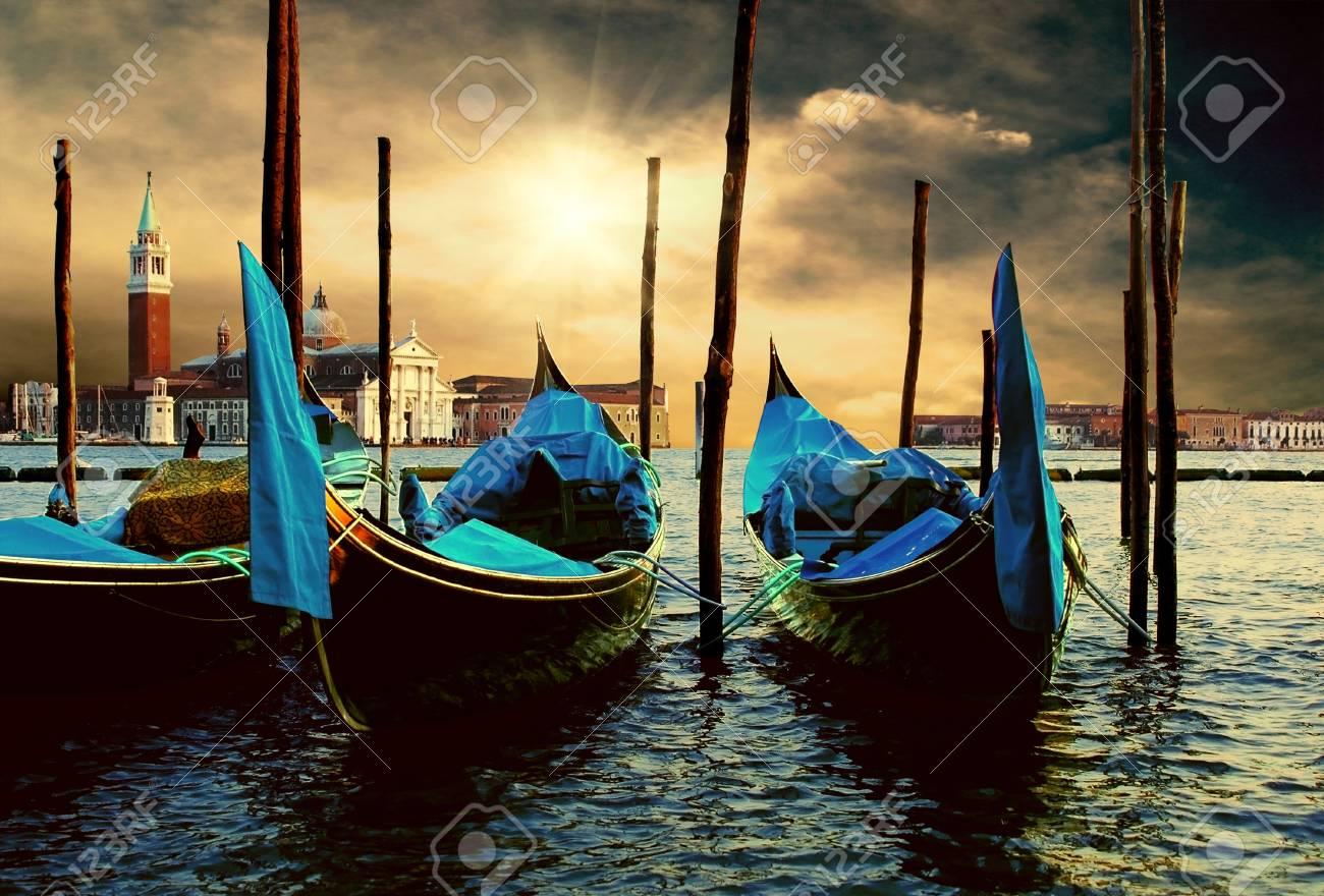 Venecie - travel romantic pleace Stock Photo - 10278398