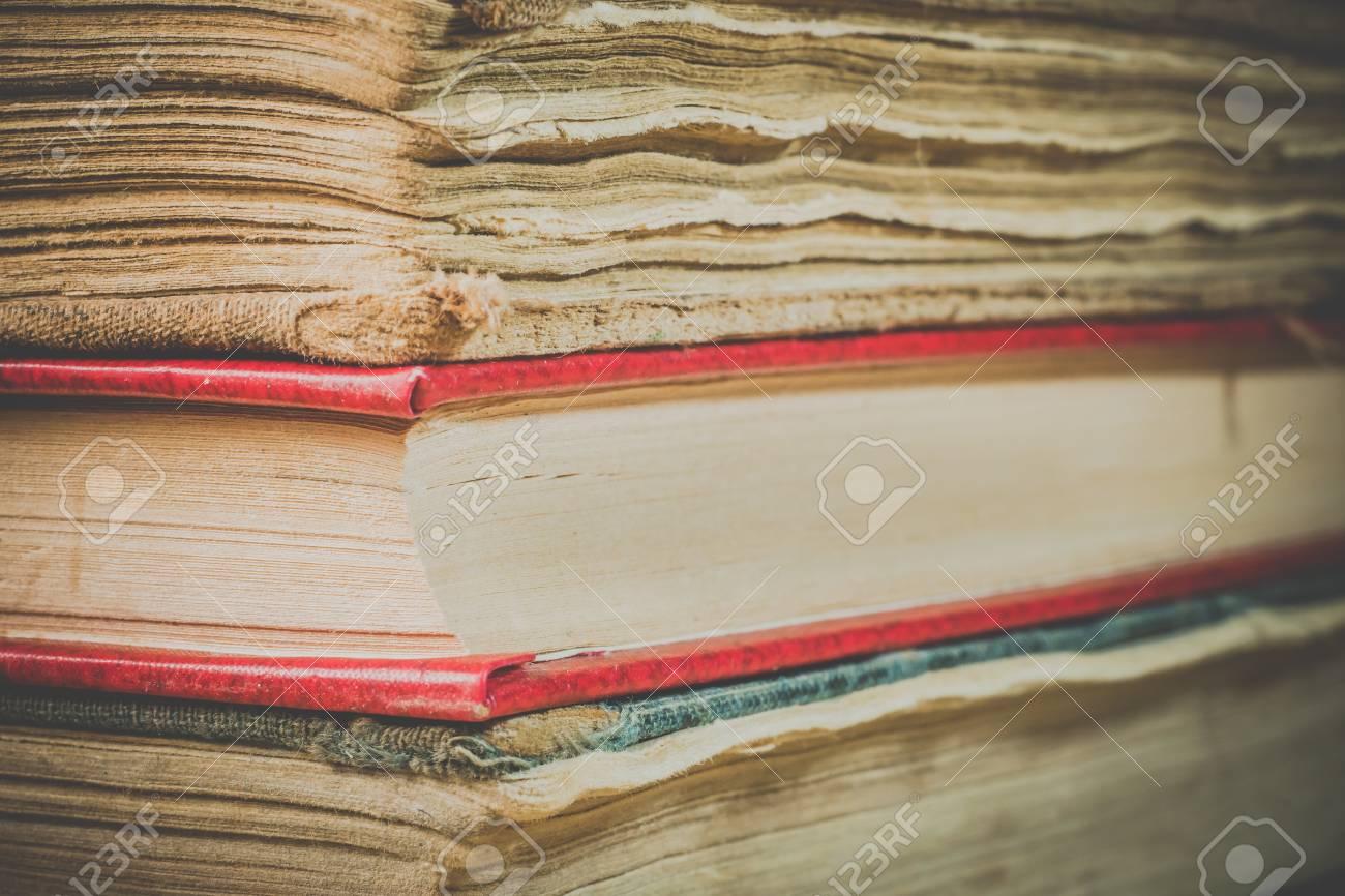 Libros Antiguos Un Montón De Libros Viejos Libros En La Vieja