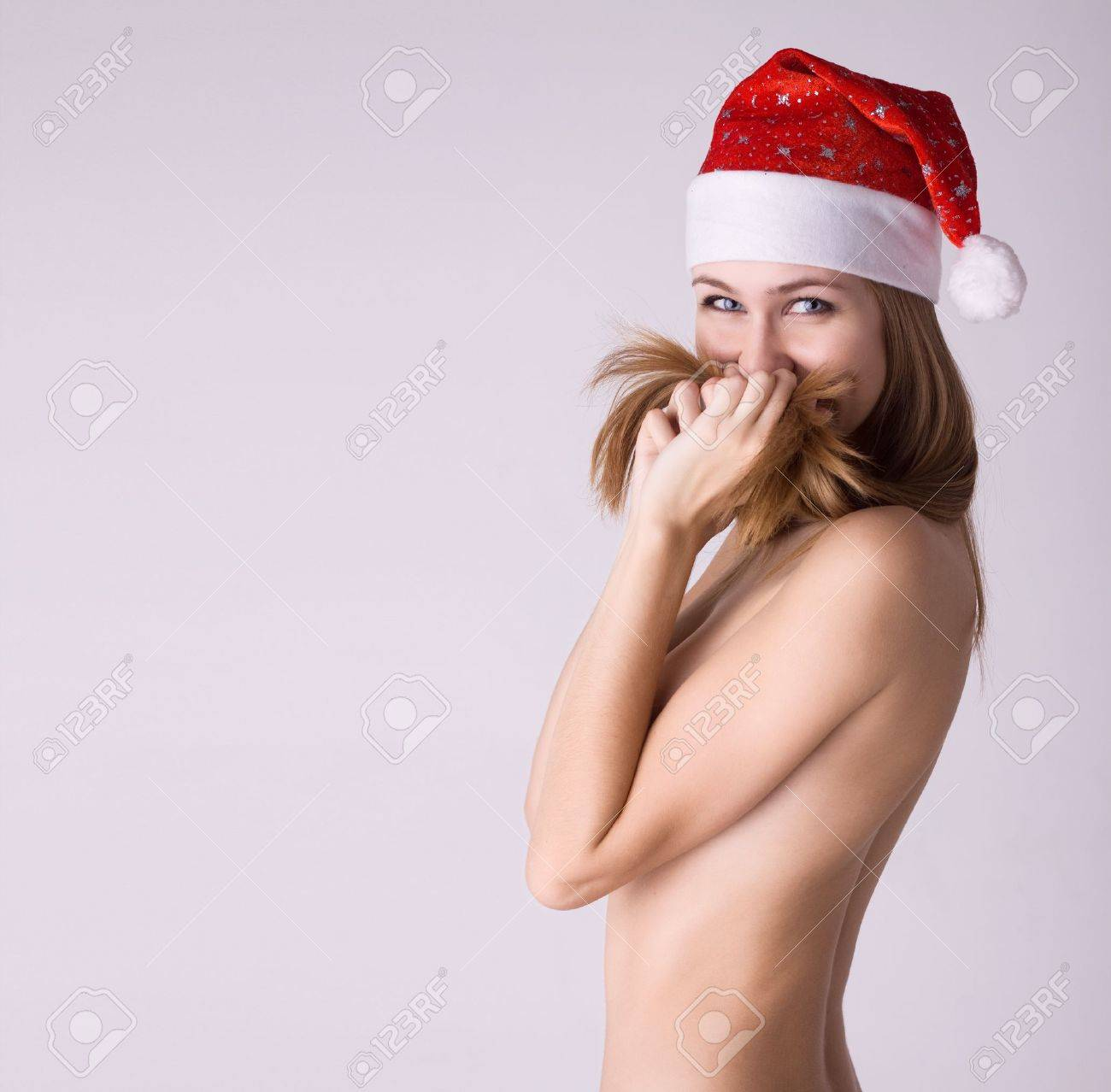 Женщина в меховой шапке порно фото