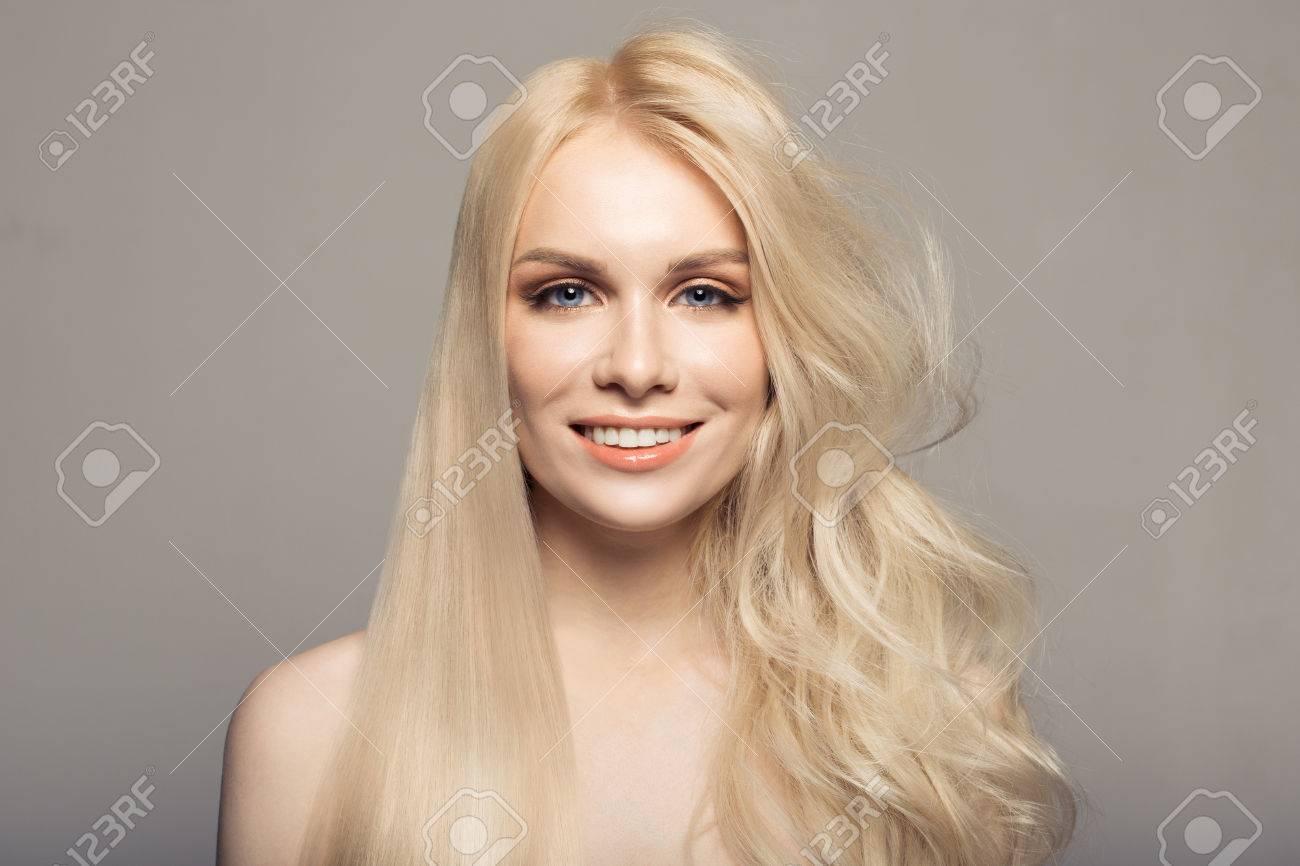 Concept keratin straightening hair. - 76685007