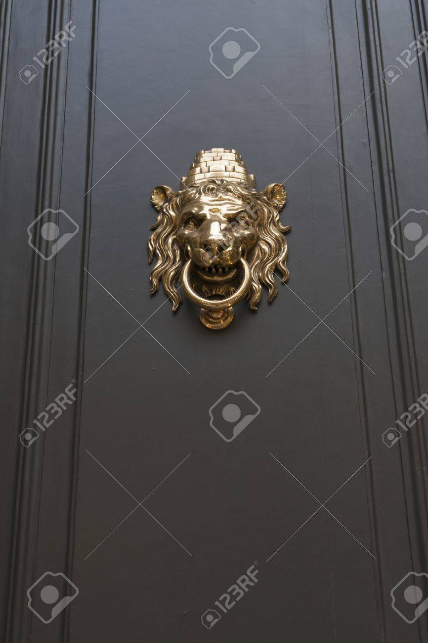 Metallic Door Handle In Shape Of Lion Head With Big Knocking Ring Stock  Photo   19285749