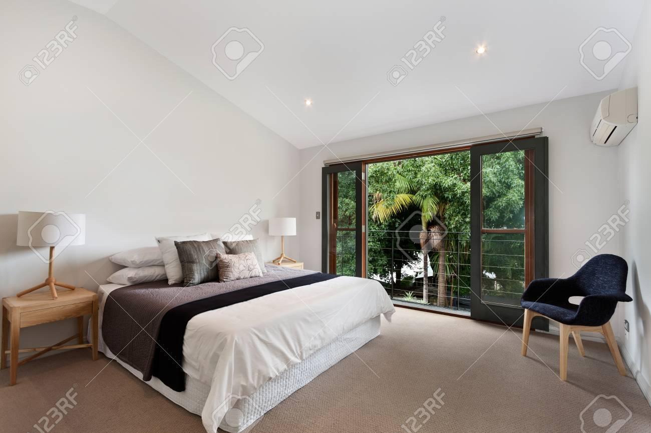 Design Camera Da Letto Moderna interior design: grande camera da letto moderna