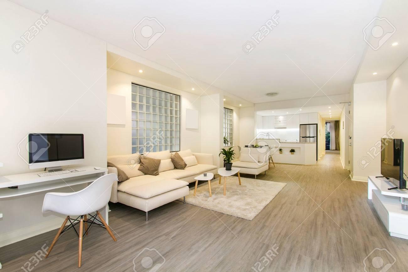 Schöne Wohnzimmer Architektur Stockbilder Standard Bild   67200234