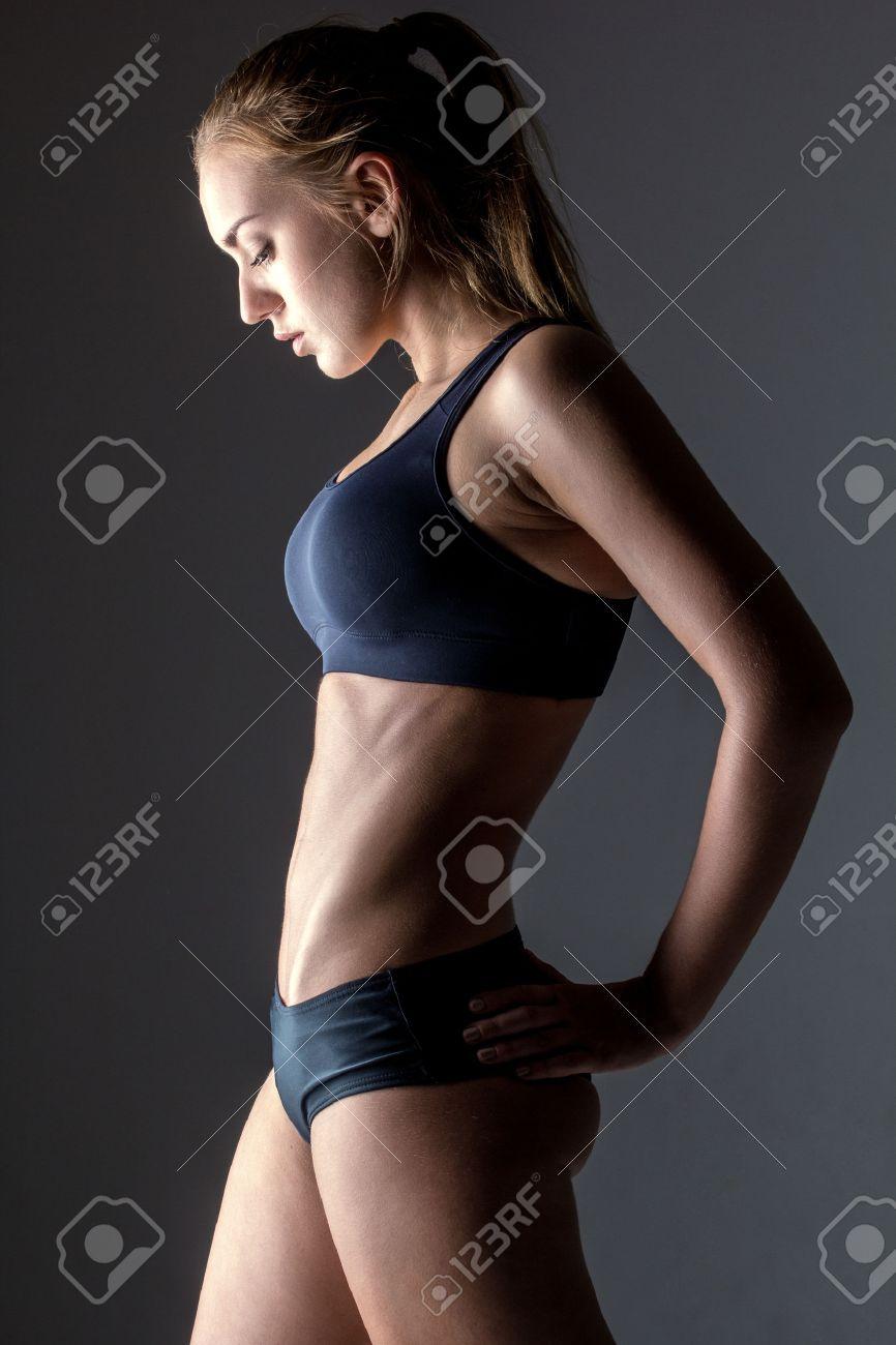 Фото красивых женских профилей 11 фотография