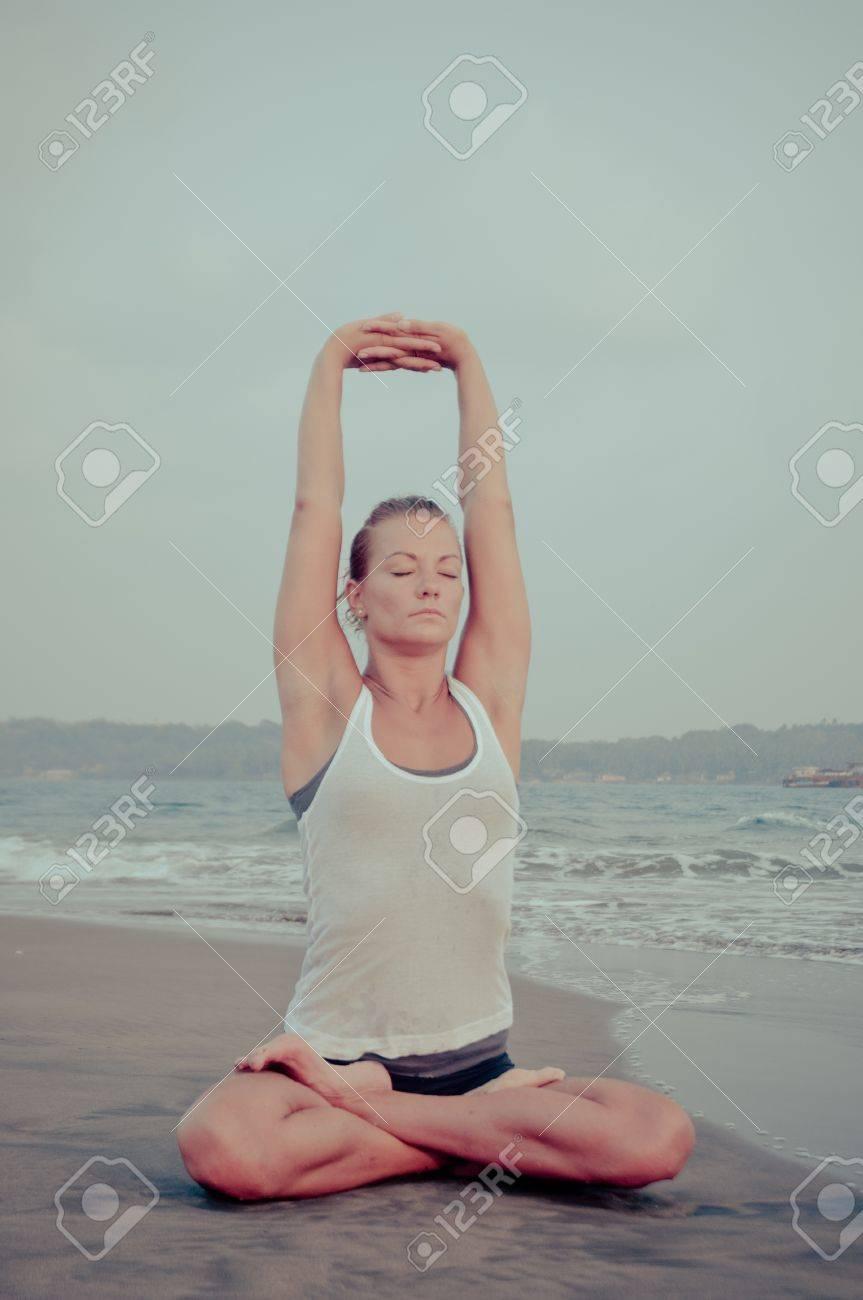 Yoga Stock Photo - 13577048