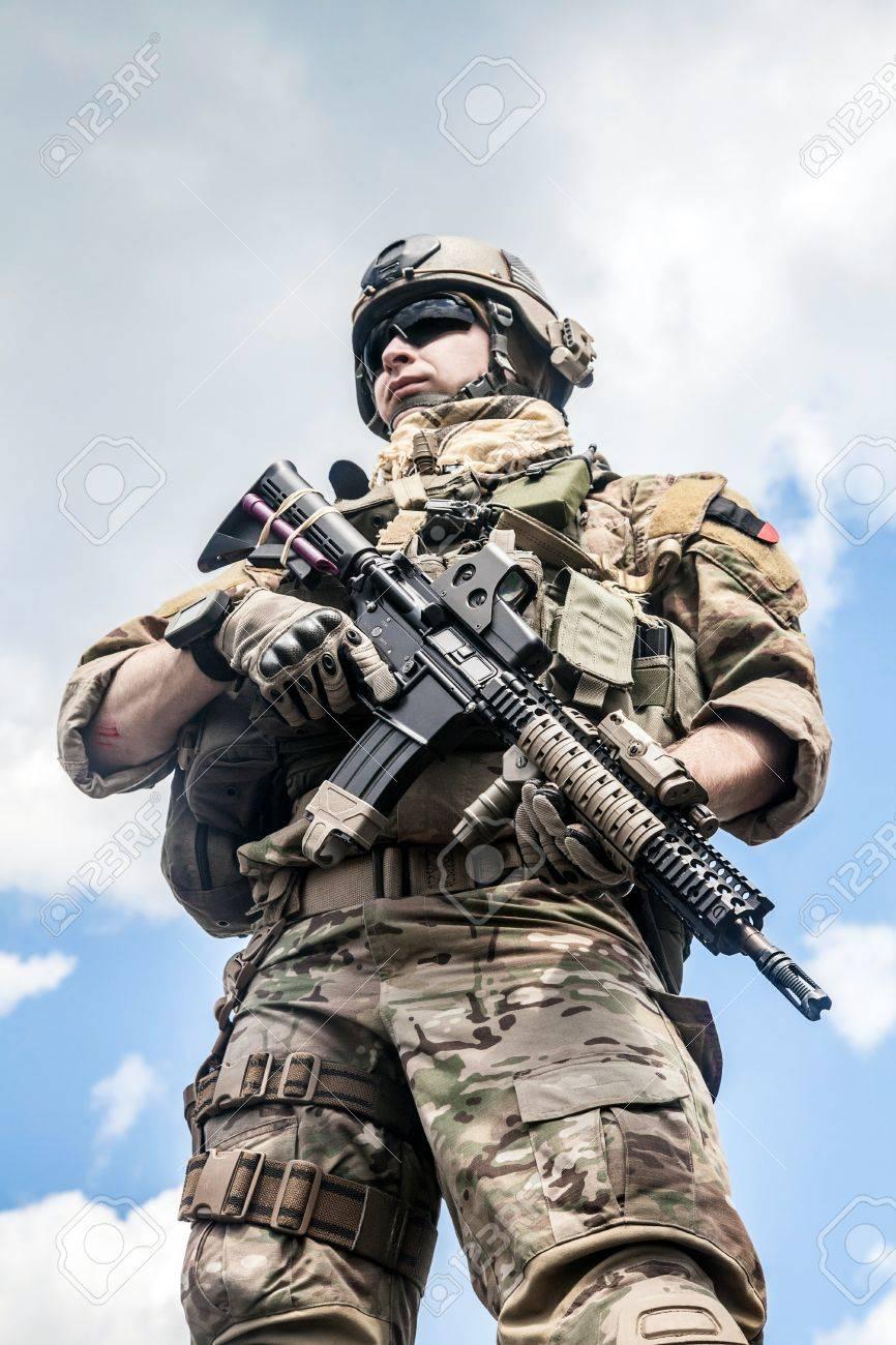 アサルトライフルとアメリカ陸軍レンジャー の写真素材・画像素材 ...