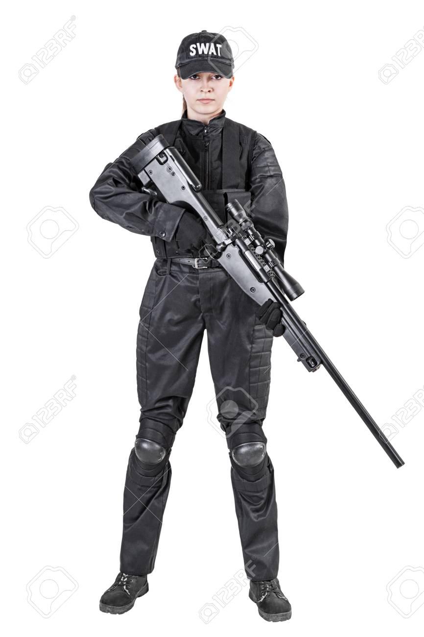 Mujer SWAT Oficial De Policía En Uniforme Negro Con El Disparo De Un ...