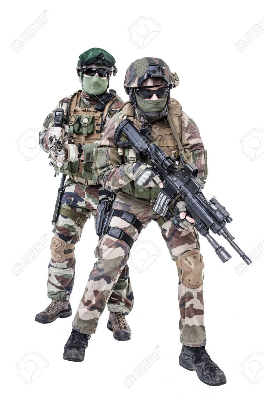 部隊 パラシュート