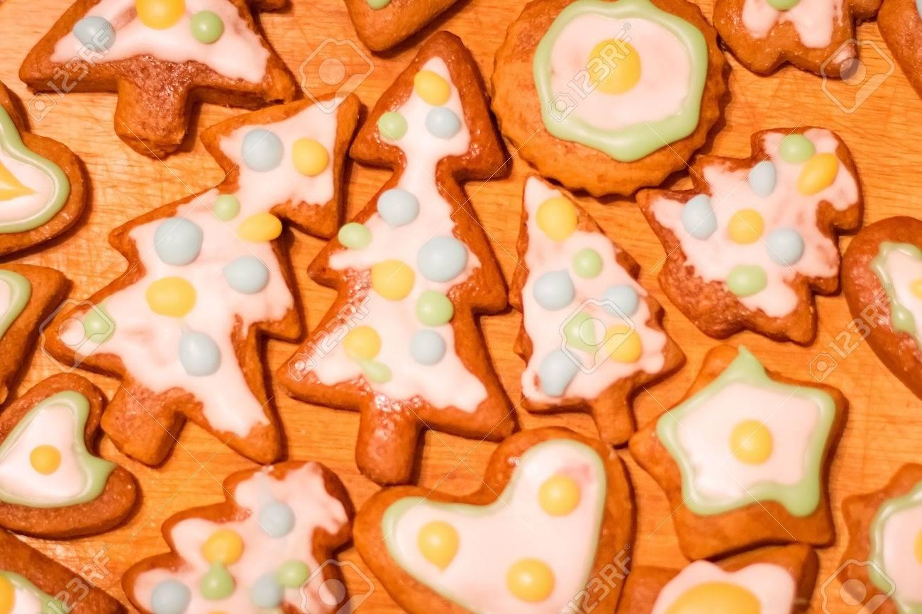 Pan De Jengibre Colorido Galletas Decoradas árboles De Navidad Corazón Estrella