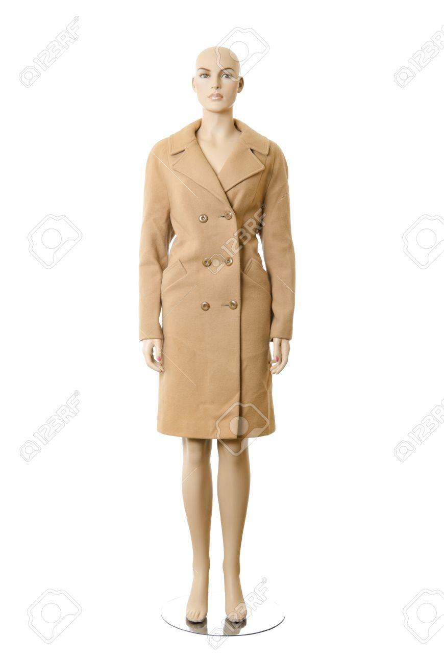nouveau concept e0c36 2d3cd Mannequin femme dans un long manteau de laine. Isolé sur fond blanc