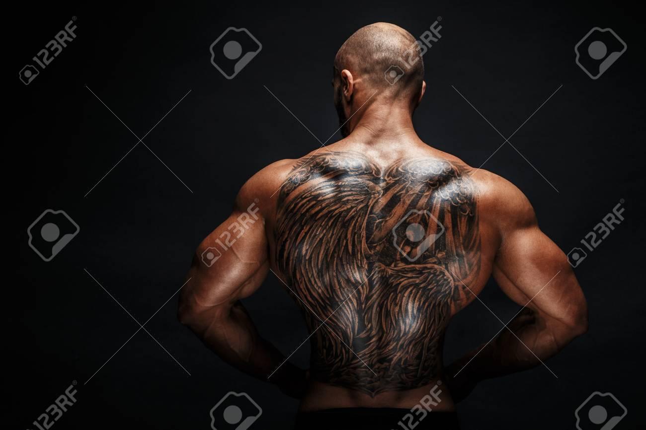 Tattoo mann rücken Nacken tattoo