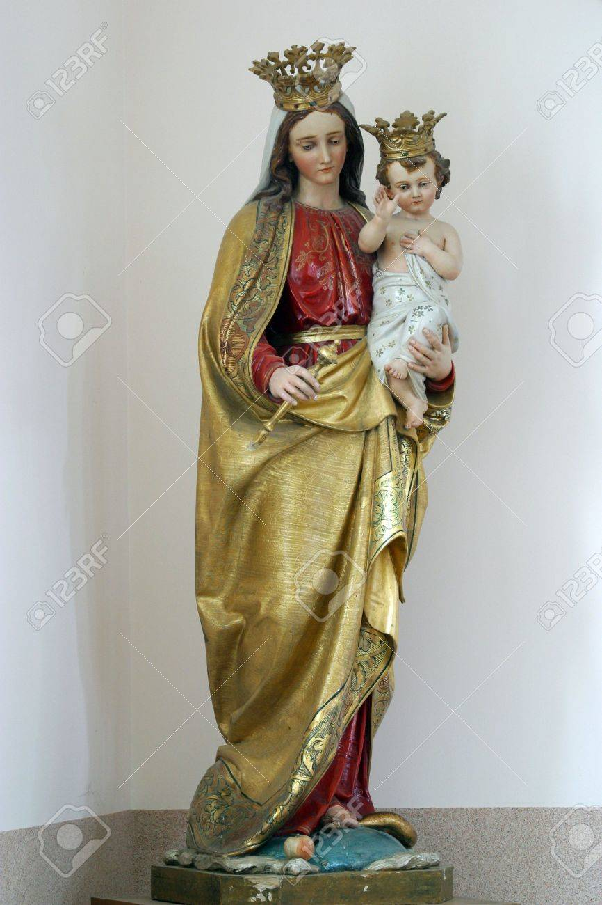Blessed Virgin Mary with baby Jesus Stock Photo - 6078839
