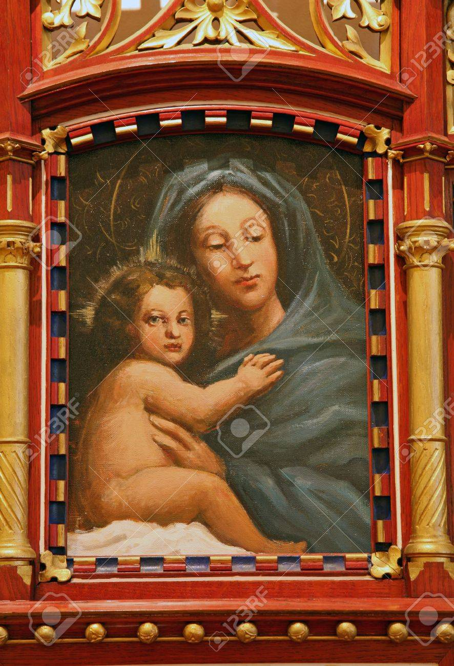 Blessed Virgin Mary with baby Jesus Stock Photo - 9166344