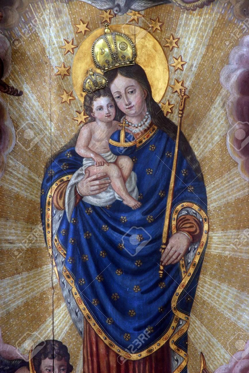 a5f4f14aeda82 Bienheureuse Vierge Marie Avec L enfant Jésus Banque D Images Et ...