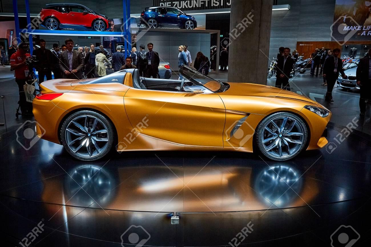 Bmw Z4 2017 >> Frankfurt Germany September 12 2017 2017 Bmw Z4 Concept