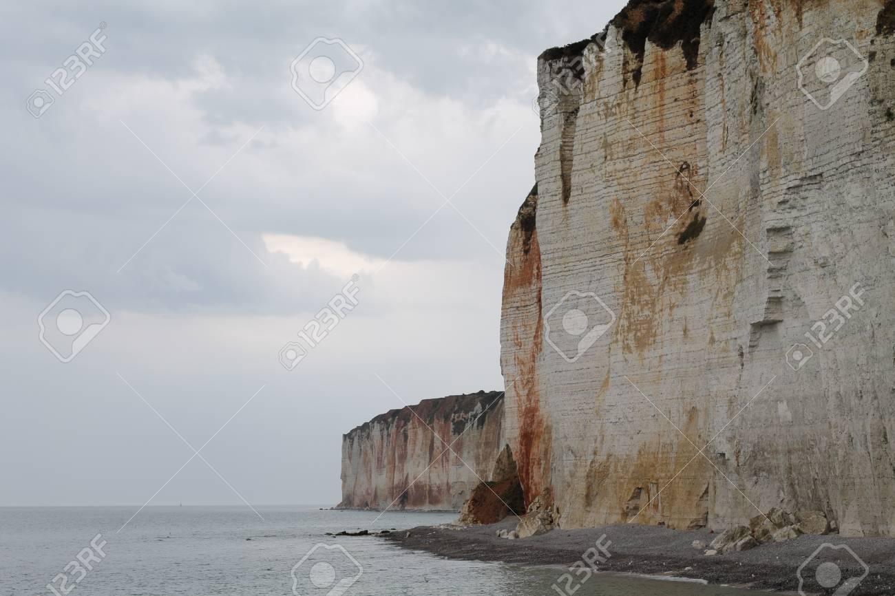 Foto de archivo , Los famosos acantilados de Normandía