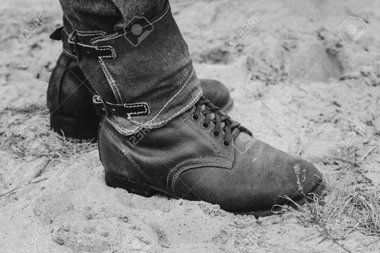 c69f02ae51a German soldier shoes close-ups World War II