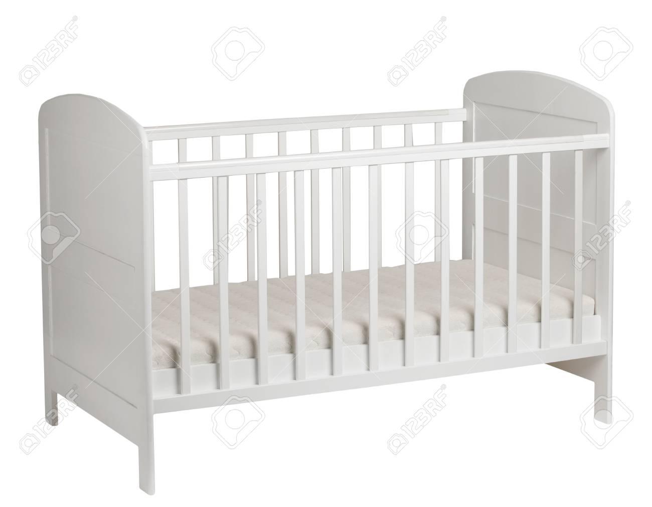 Mueble. Cuna Blanca Para Los Niños Con Colchón Aislados Sobre Fondo ...