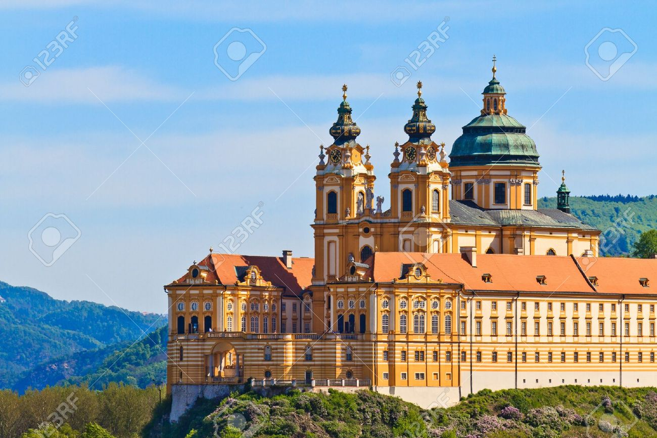 Melk Abbey is an Austrian Benedictine abbey and one of the world's most famous monastic sites Stock Photo - 13908720