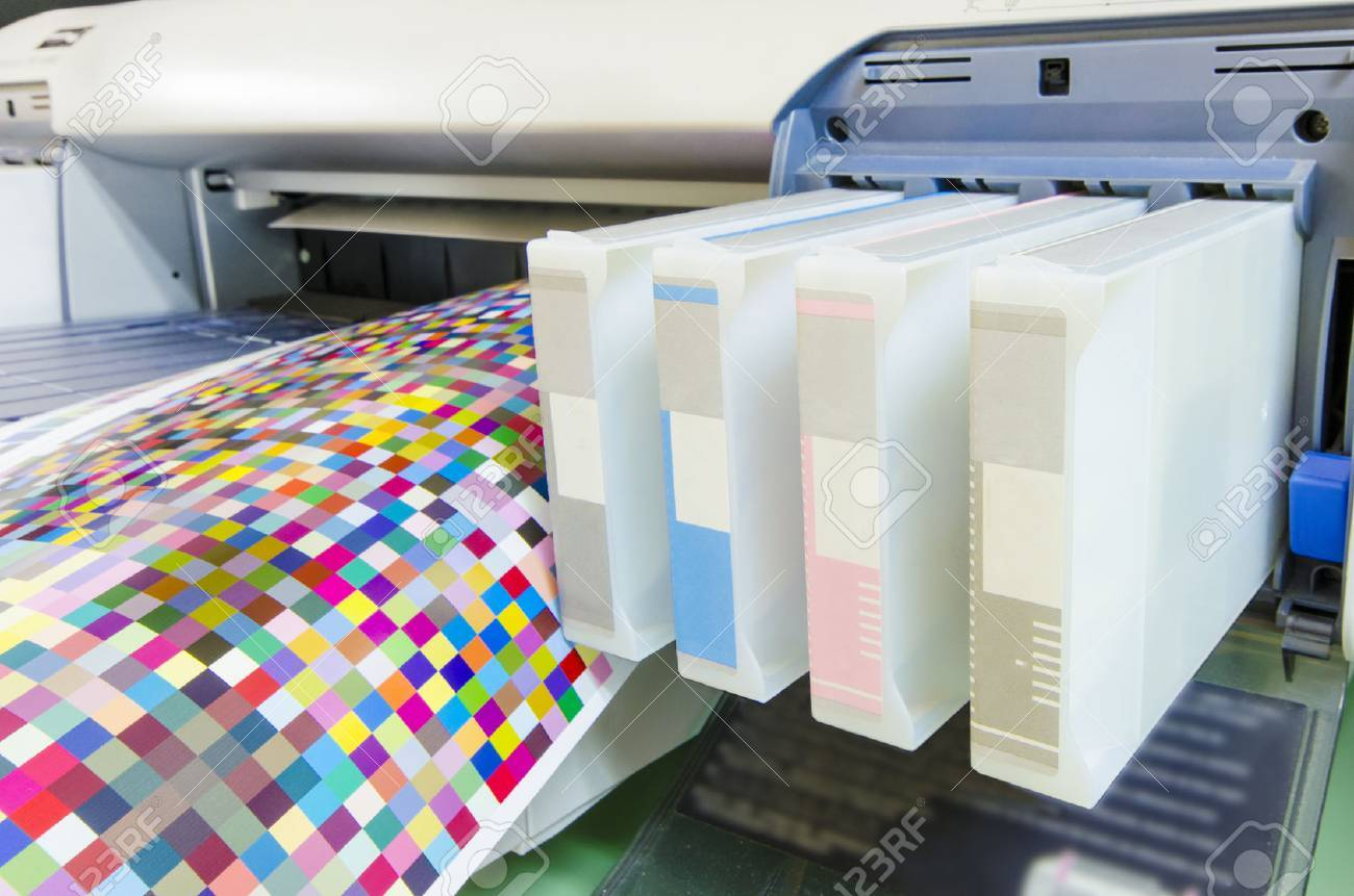 large format ink jet printer cartridge with color managament