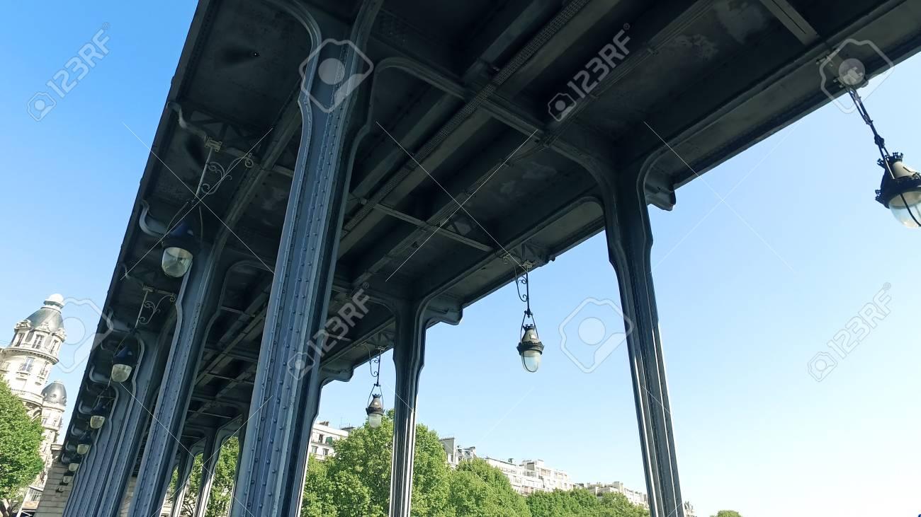 Pov Move Under Pont De Bir Hakeim Pont De Passy Bridge In Paris