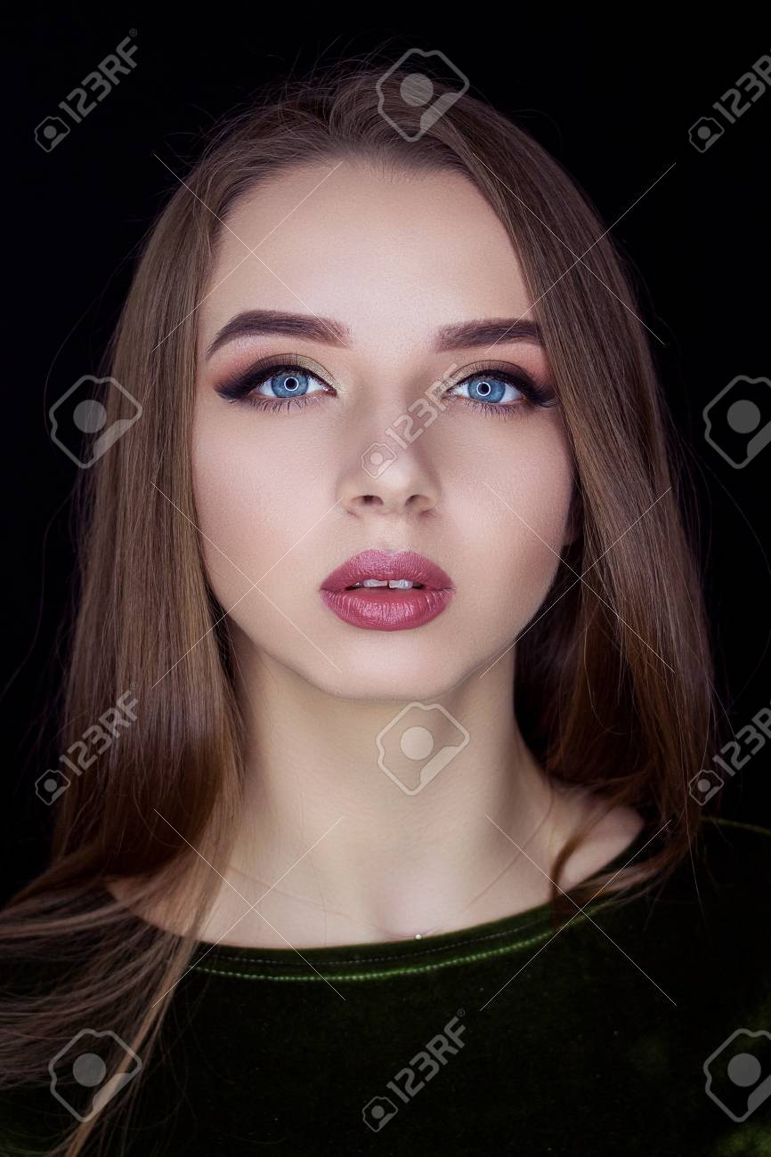 Blue pretty brown eyes haired girl with Best Hair