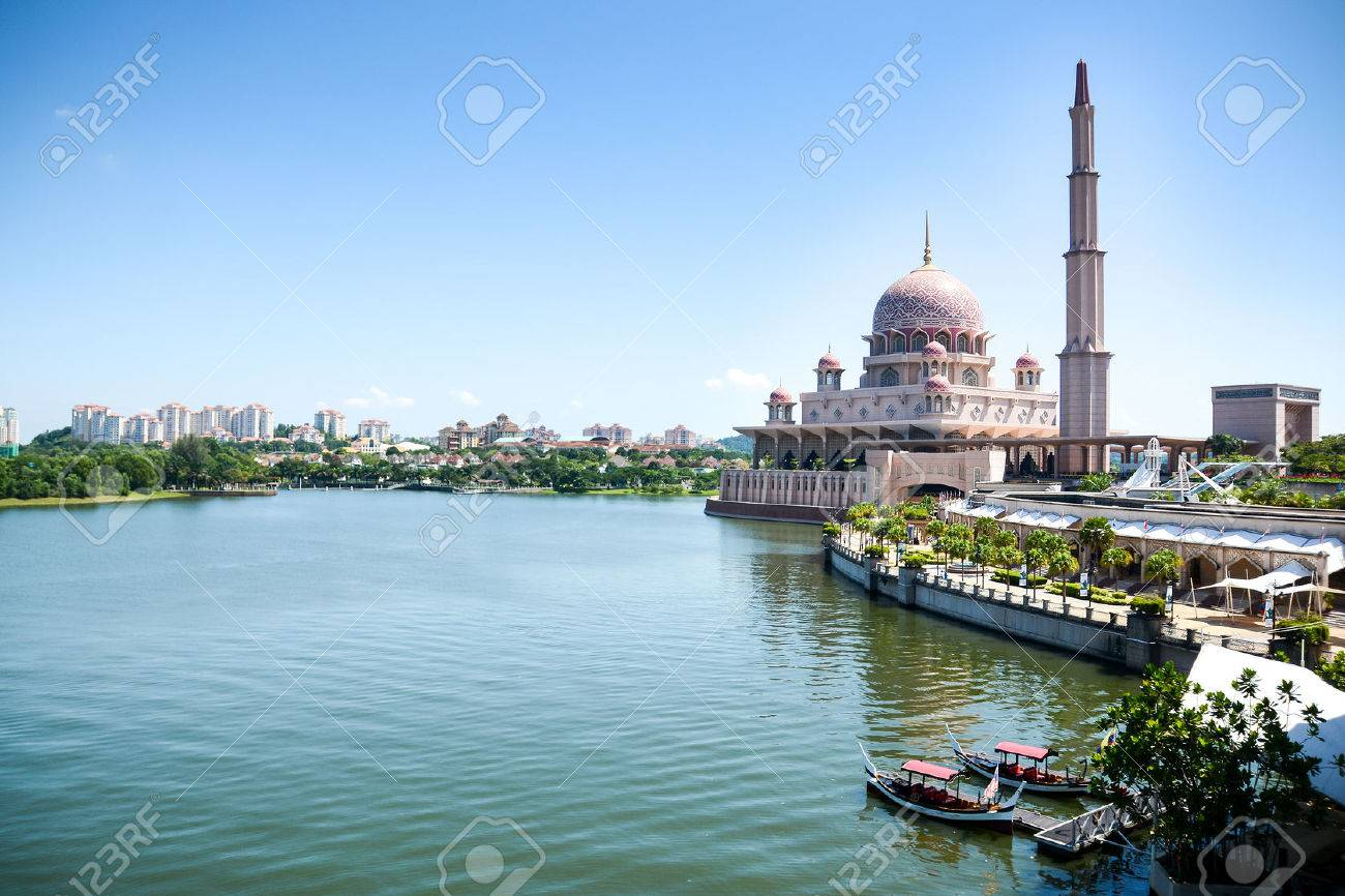 PUTRAJAYA MALAYSIA MAY 25 2015 : Putra Mosque Masjid Putra is the principal mosque of Putrajaya Malaysia. Construction began in 1997 and was completed two years later. - 41300230