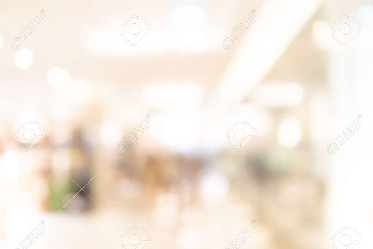 Abstract blur shopping mall corridor. Blurred retail and hall interior in department store. Defocused bokeh effect background or backdrop for business concept. - 122381840
