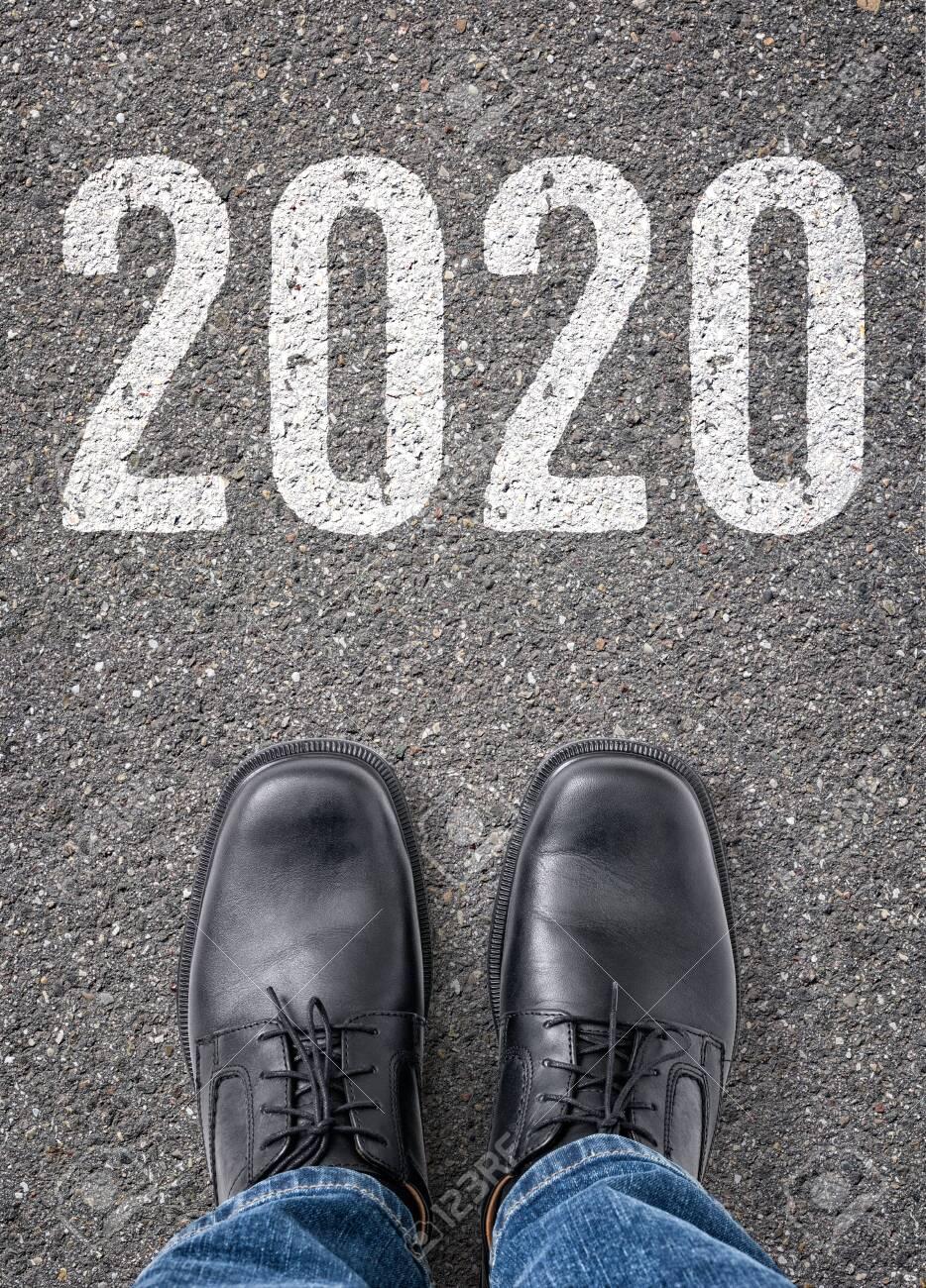 Text on the floor - 2020 - 134566674