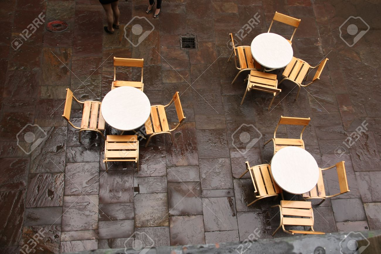 Table and chairs top view - Top View Shot Of Tables And Chairs In A Cafe Stock Photo 29460076