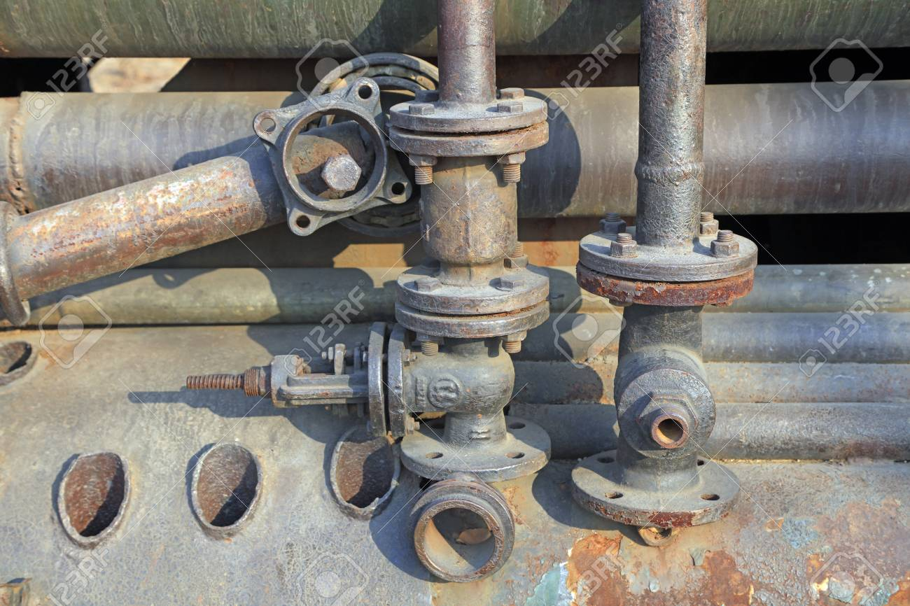 Mechanical device piping