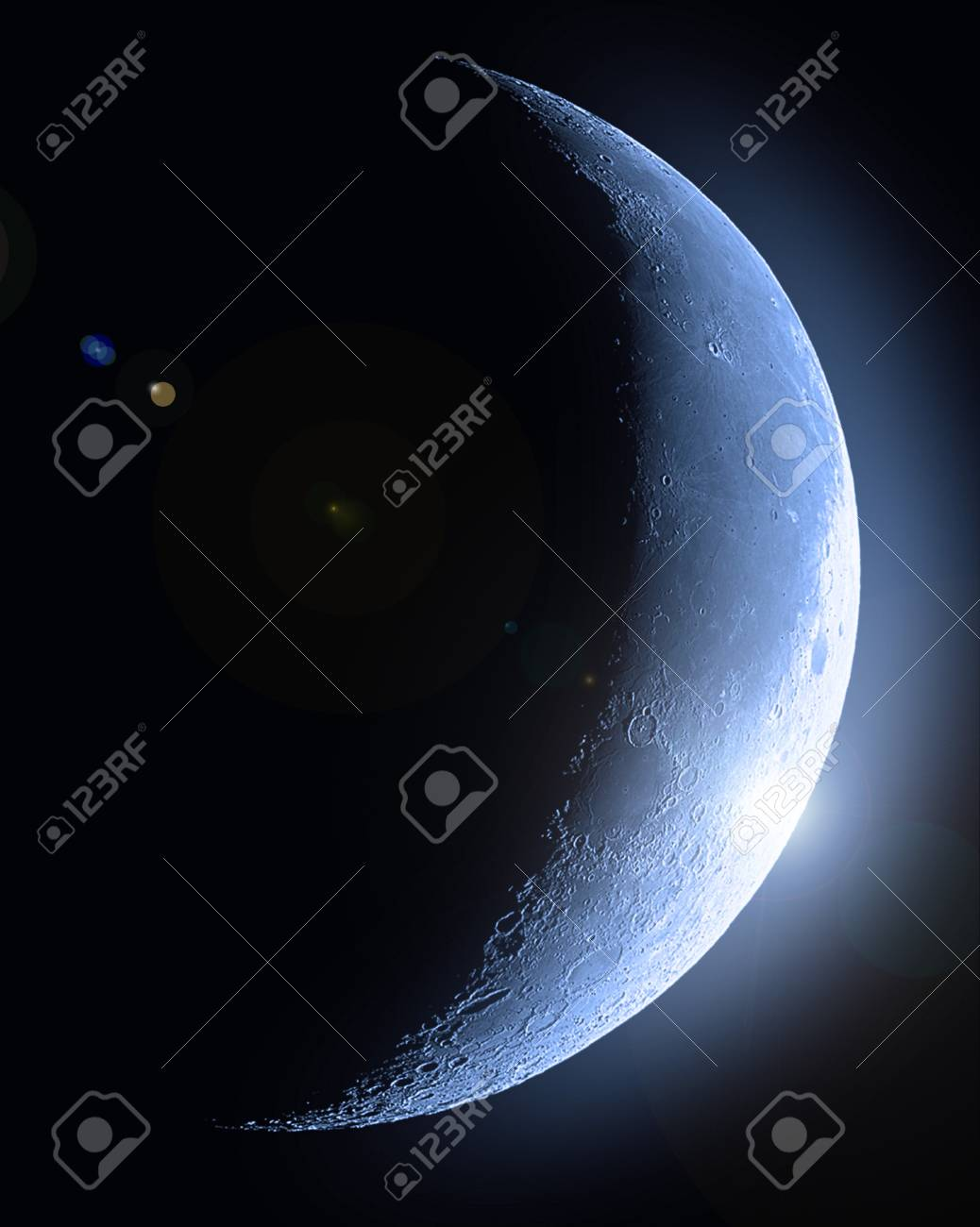 Half moon Stock Photo - 13994413