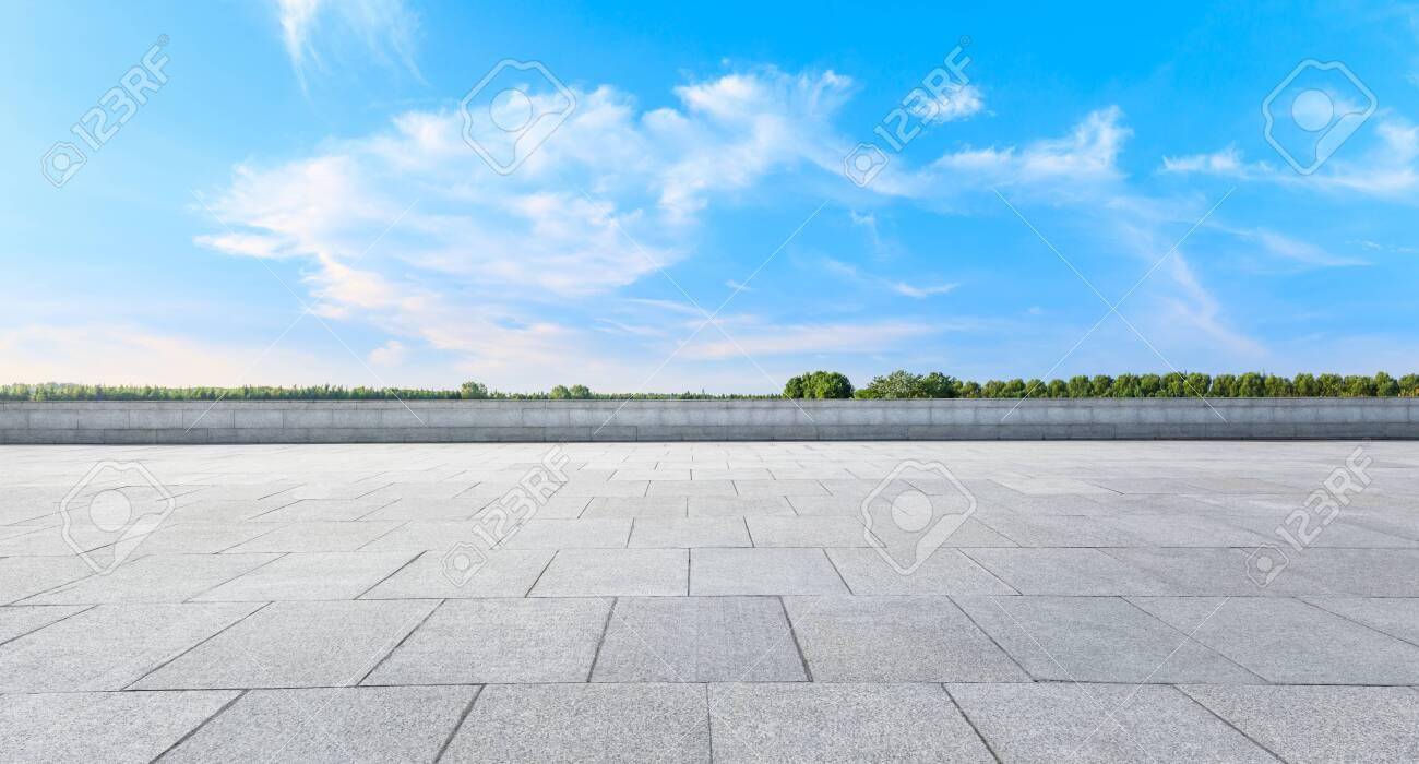 Empty square platform and woods background landscape - 140940297