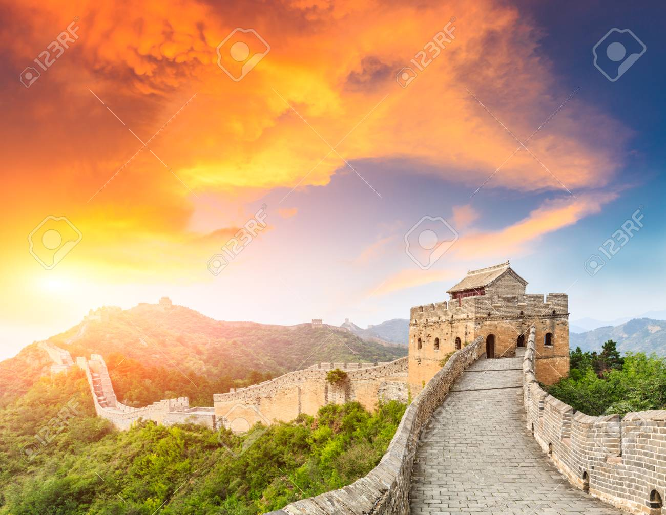 Great Wall of China at the jinshanling section,sunset landscape - 92773692