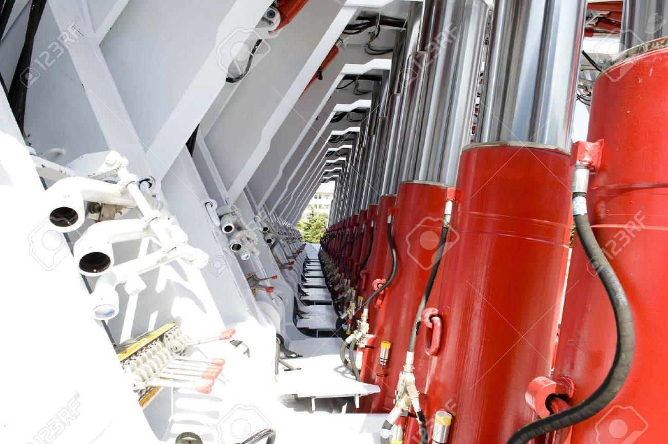 Hydraulic support - 15608351