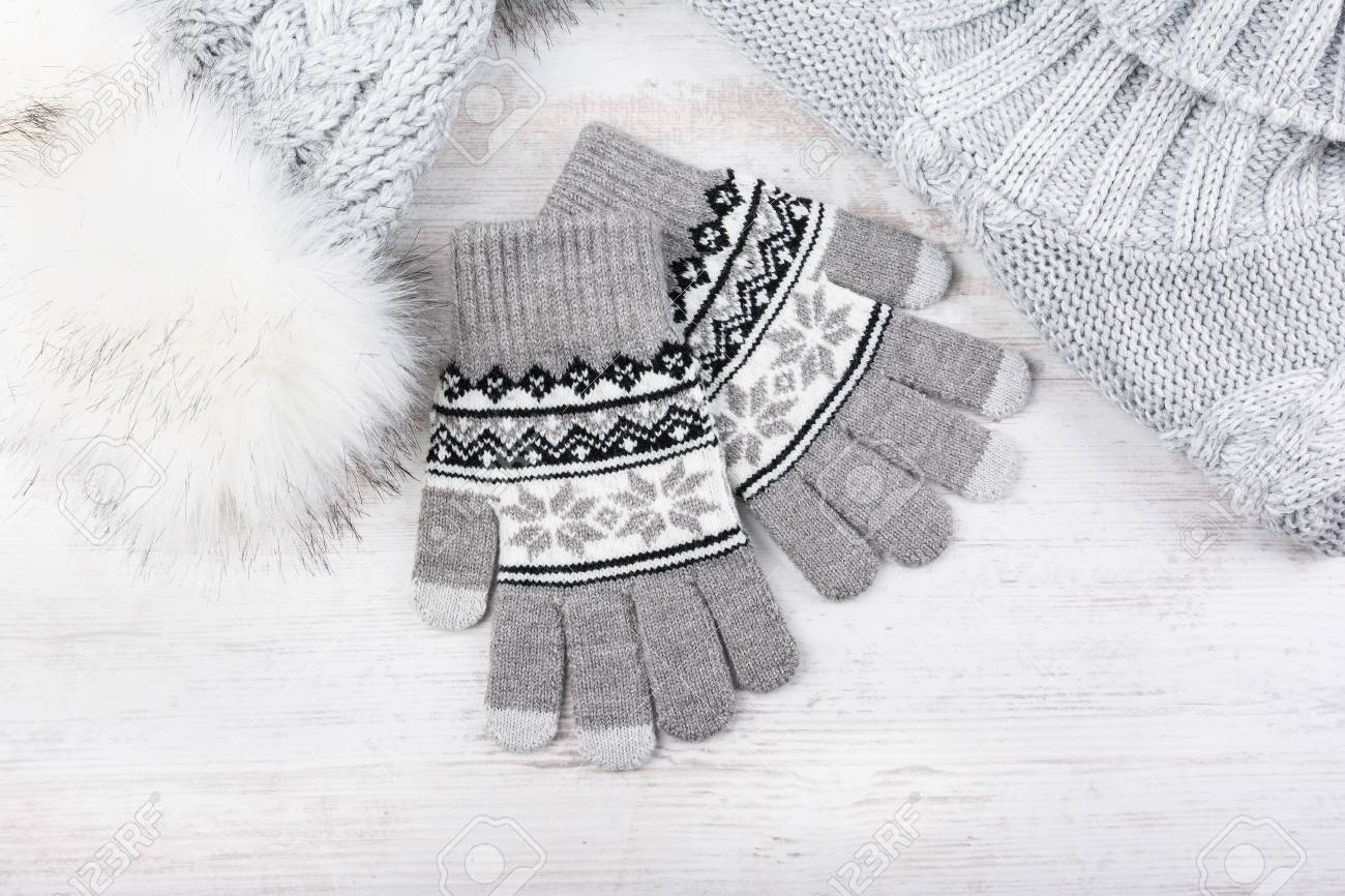 c4dde7317805 Winter Knitted Gloves