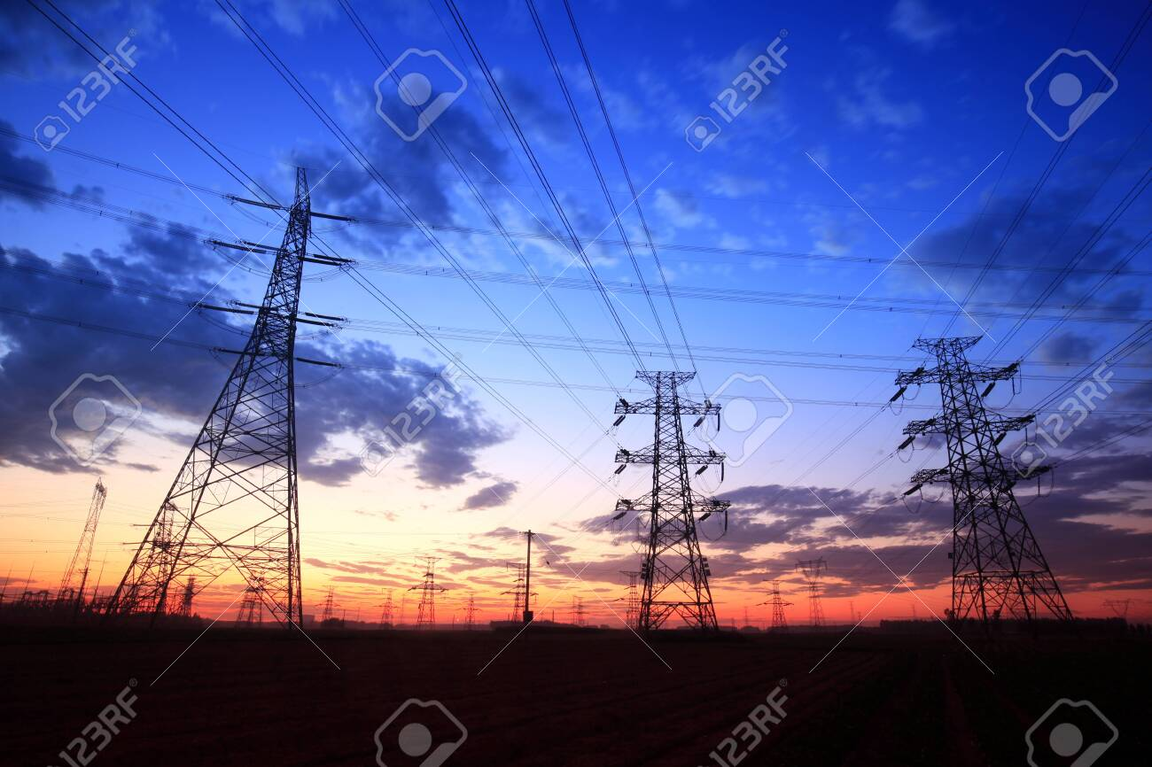The silhouette of pylon, the pylon in the evening - 128944918
