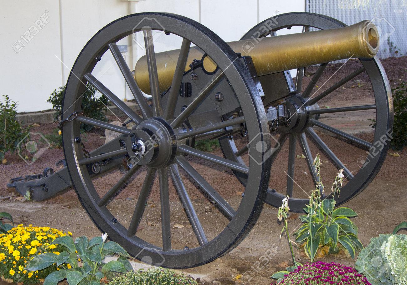 12 ポンドのナポレオンの大砲、1...