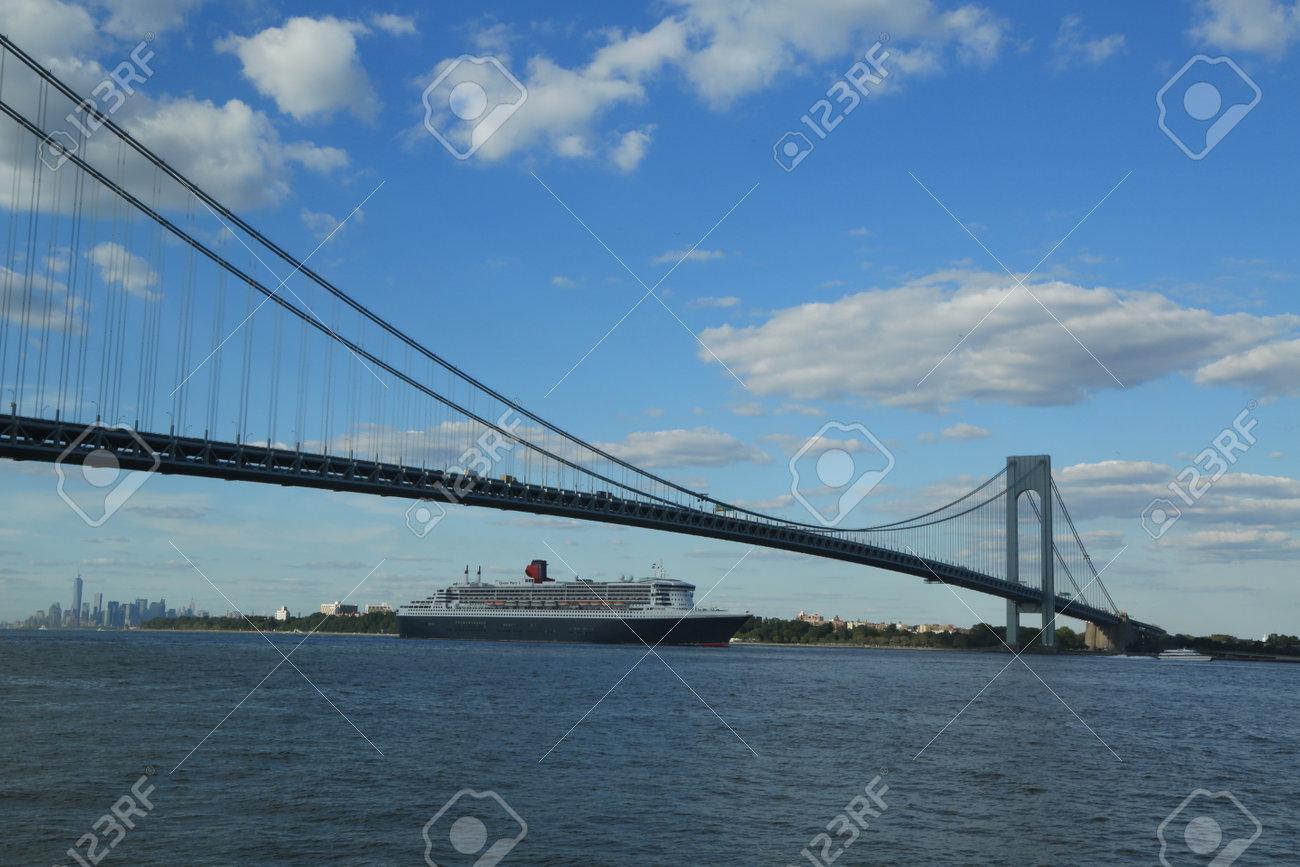 Transatlantic Bridge >> New York City August 15 Queen Mary 2 Cruise Ship In New York