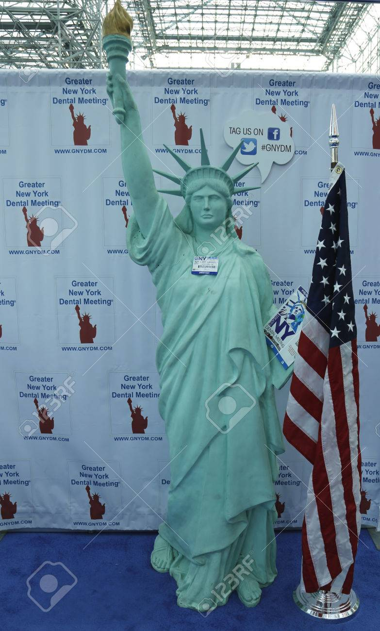 NEW YORK - DECEMBER 2 Statue of Liberty with visitors ID at the Greater NY Dental Meeting on December 2, 2013 The Greater New York Dental Meeting is the largest healthcare and dental event in the US Stock Photo - 25119542