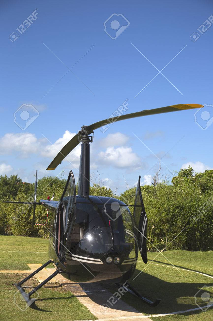 Robinson Helicopter Images & Stock Pictures. Royalty Free Robinson ...
