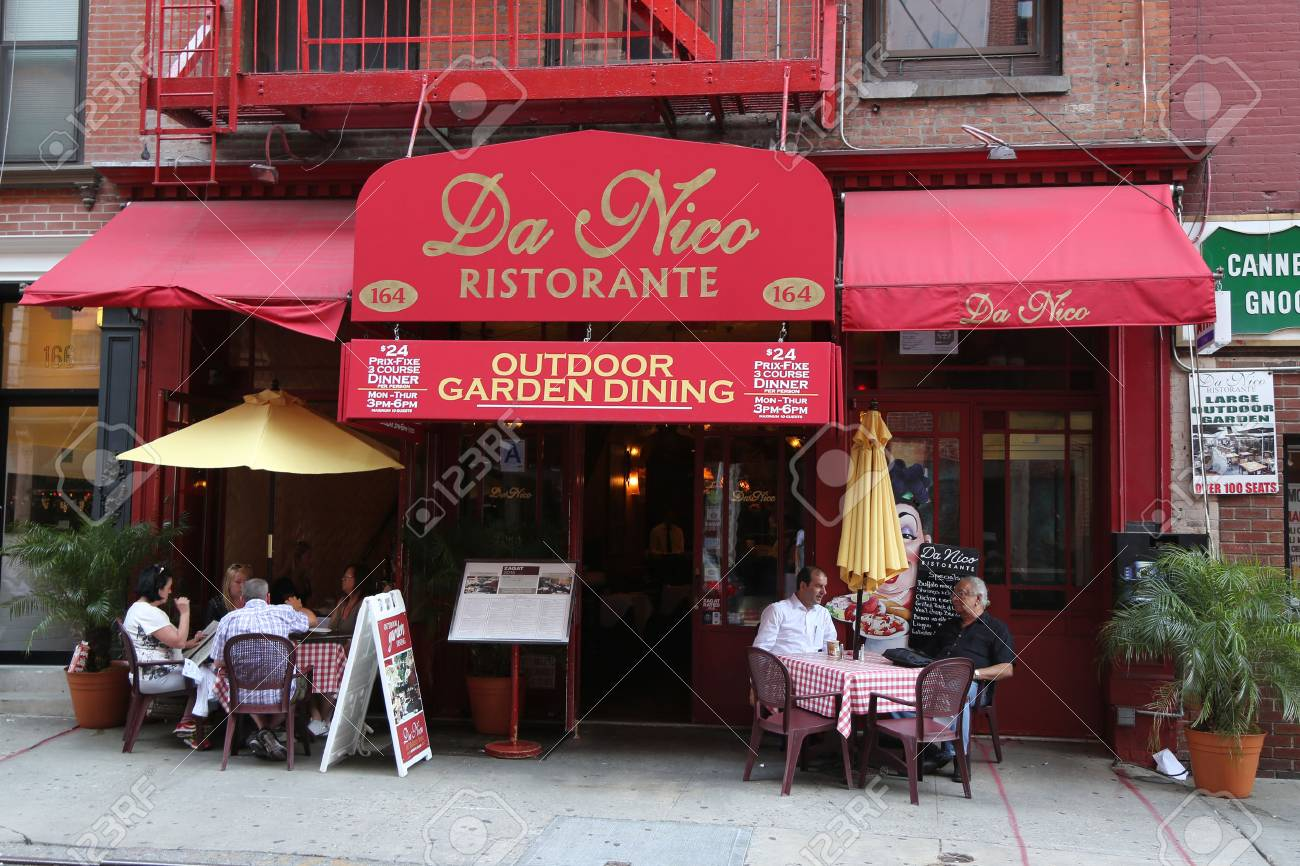 New York August 8 2015 Italian Restaurant In Historic Little