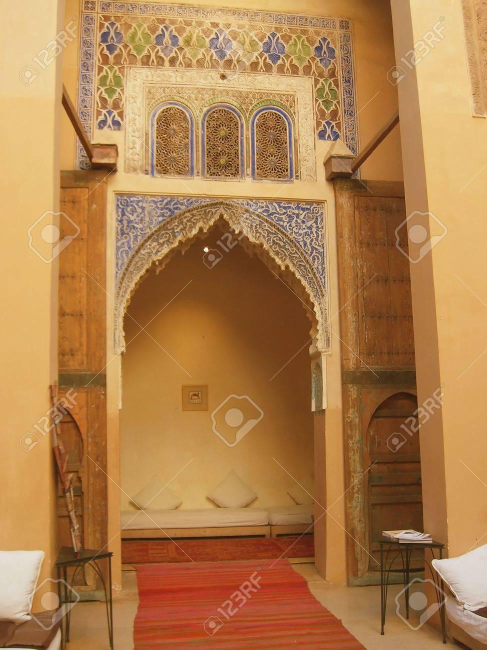 artistique dans la dcoration dintrieur marocain btiment banque dimages 4600830