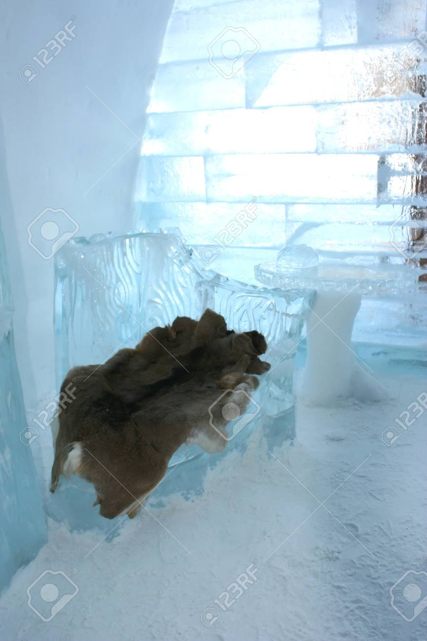 Quebec, Canada-February 20, 2011: entrance hall of the famous ice hotel in Quebec city, Canada Stock Photo - 8944872