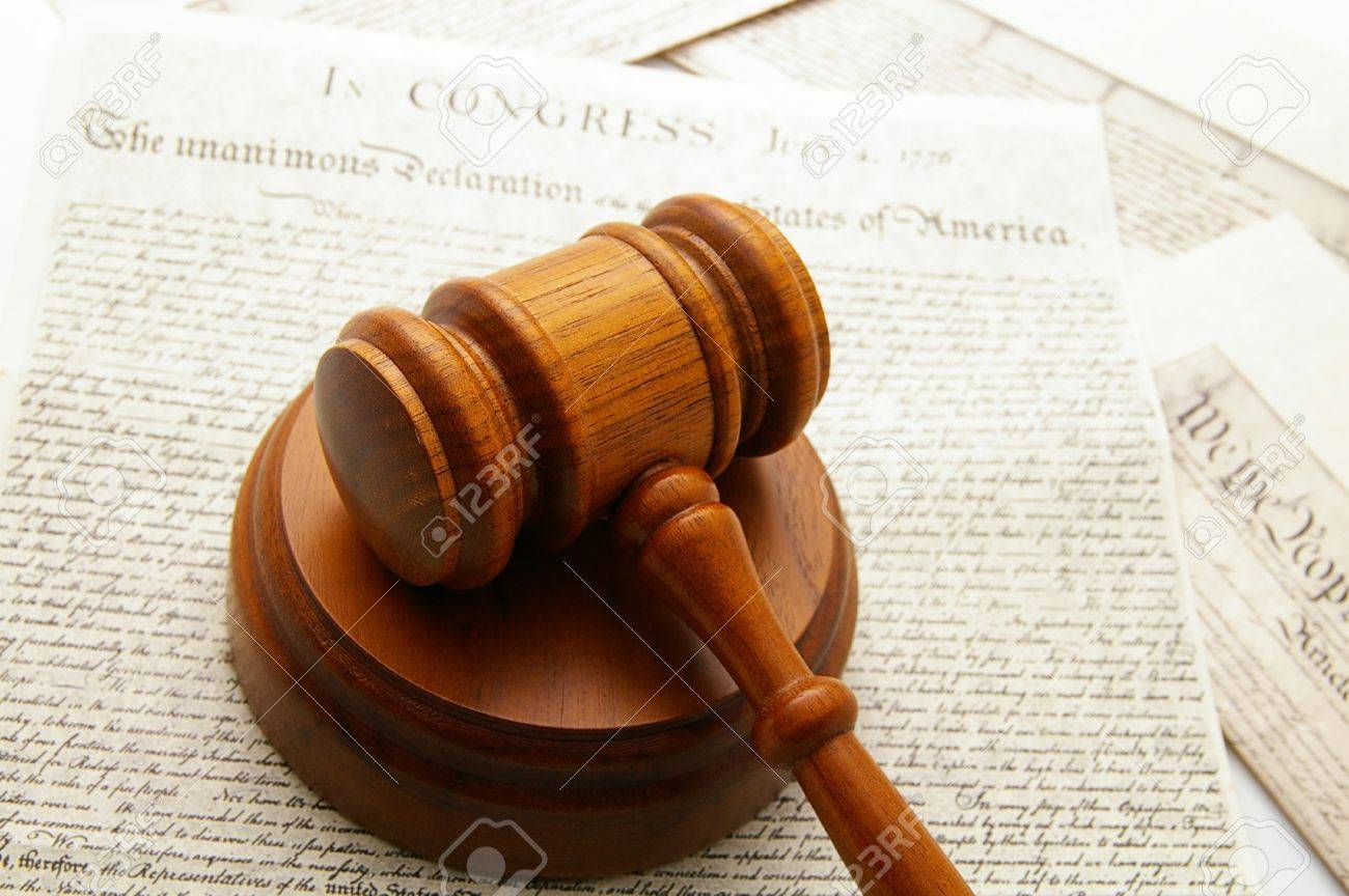 legal gavel with Declaration of Independence and Constitution documents Stock Photo - 9051825