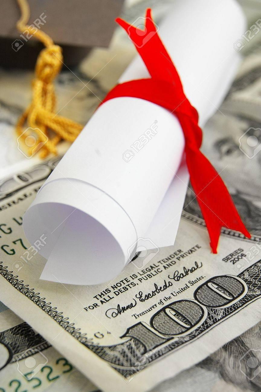 mini diploma and cap macro on cash money - 15540895