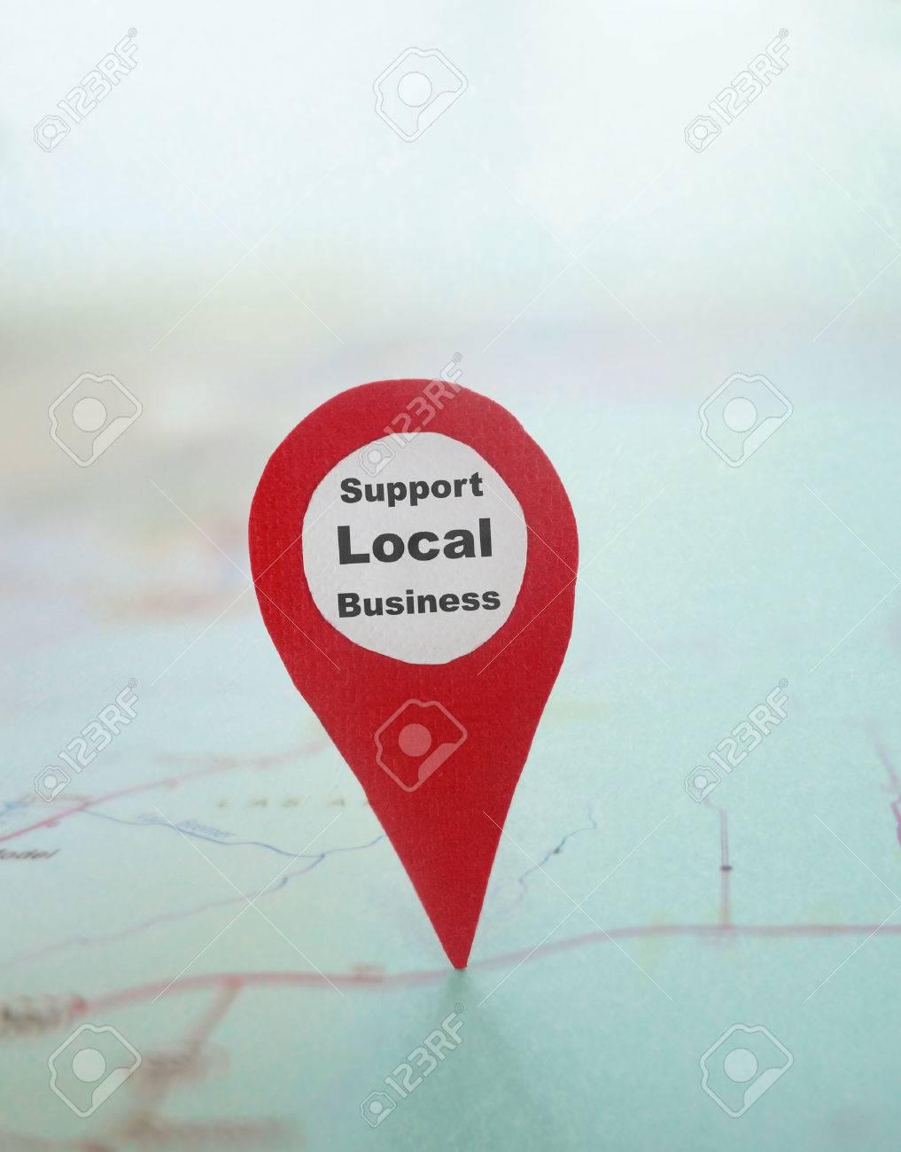Symbole De Repérage Rouge Avec Le Texte De Soutien Local Dentreprise Sur Une Carte