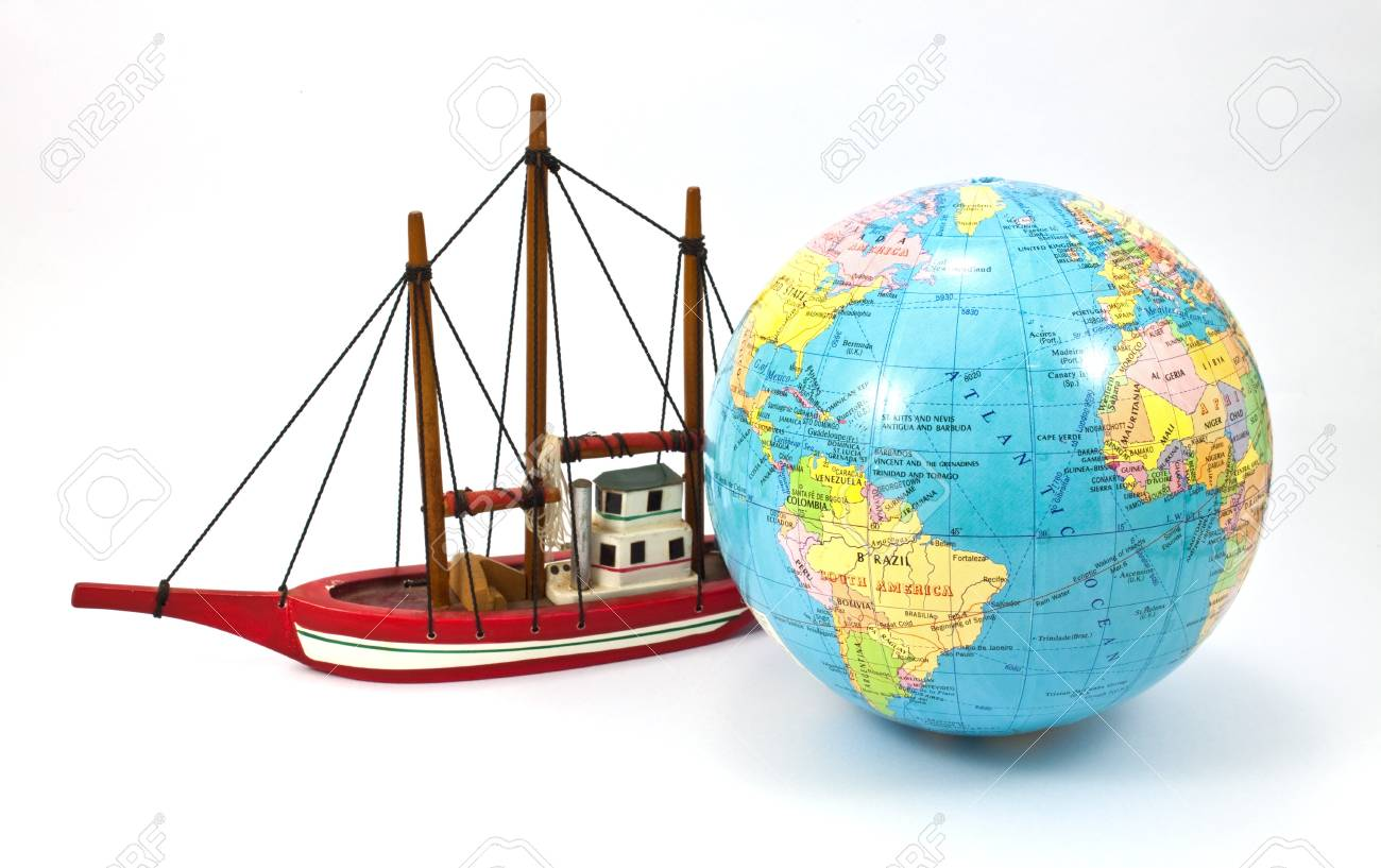 ship and the globe isolated on white background Standard-Bild - 8116223