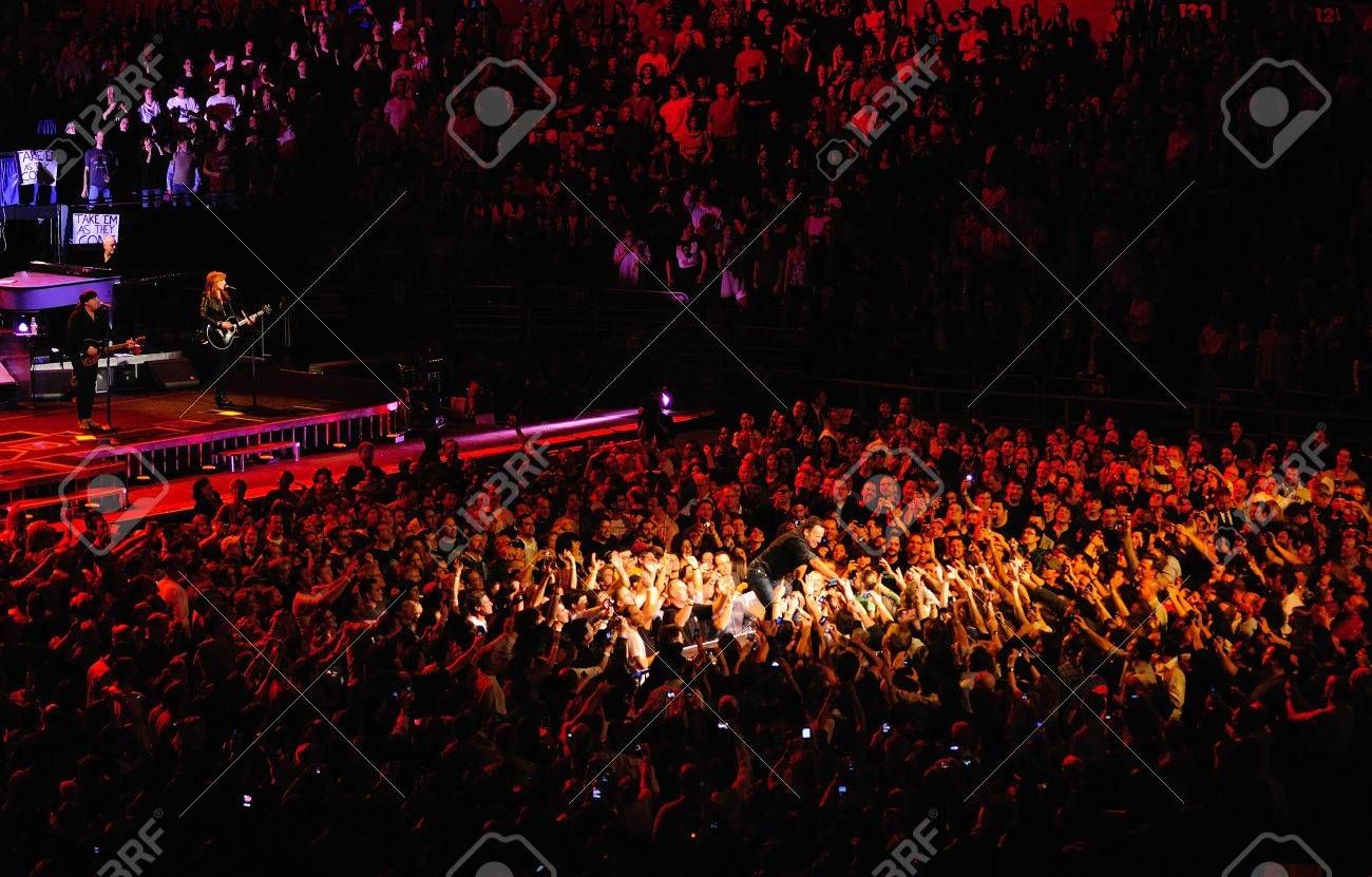 Bruce Springsteen S Concert In Madison Square Garden Stock Photo   18332025